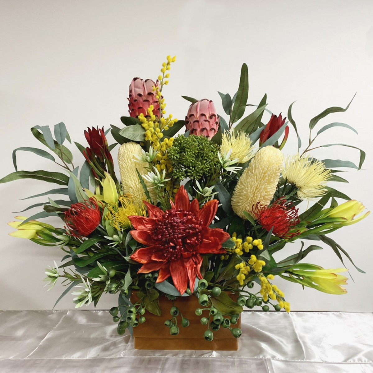 Cheap Wedding Flowers Sydney: Artificial Trees And Flowers
