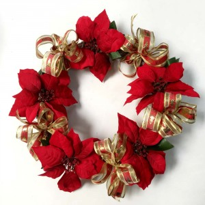 Poinsietta Wreath